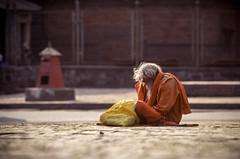 Pashupatinath Holy Man (robertdownie) Tags: nepal orange river temple robe monk kathmandu meditation hindu ashram pashupatinath bagmati