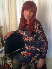 Floral dress (Tonimacphee) Tags: floral ginger dress redhead toni macphee