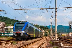 ME 10 TI (Andrea Sosio) Tags: train italia 10 liguria alstom reg stazione treno trenitalia regionale ferroviedellostato savona minuetto 10282 nikond60 ale501 ale502 andreasosio