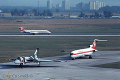 XL317  Vulcan B2  617 Squadron RAF & C-GAAC  727-233  Air Canada (caz.caswell) Tags: rr vulcan boeing pia malton pearson yyz avro pw 727 aircanada dambusters turbojet avrovulcan torontointernationalairport torontopearson lesterbpearsoninternationalairport twinjet 617squadron ttail rearengines rollsroyceolympus cgaac prattwhtneyjt8 pearoninternationalairirport
