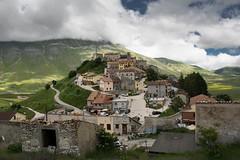 Castelluccio (christine thormhlen) Tags: monti castelluccio sibillini