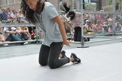 Compagnie Dyptik - D - Construction (c) Henry Krul (18) (Henry Krul) Tags: dance construction outdoor d henry op hip hop dans krul deventer straattheater streettheatre 2016 stelten dyptik