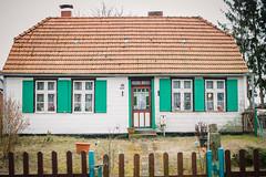 Tren und Tore (Margot in Love) Tags: door color art deutschland wooden colorful kunst tor holz prerow farbig tr mecklenburgvorpommern