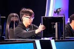 LCS W8 D2 - TSMvCLG - Doublelift (scratchmansam) Tags: coast team counter gaming gravity legends piglet liquid santorin league logic quas lcs bunnyfufu scarra xpecial kiwikid wildturtle dignitas doublelift solomid mancloud dyrus aphromoo saintvicious bjergsen lustboy locodoco iwdominate
