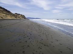 night sand (+Rodrigo+) Tags: ocean sf california beach water sand waves footprints norcal thebay sanfransisco goldenstate