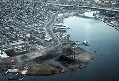 Gas Works Park site, 1973 (Seattle Municipal Archives) Tags: seattle i5 parks lakeunion 1970s gasworkspark wallingford interstate5 gasindustry seattlemunicipalarchives