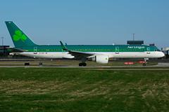 EI-LBR (Aer Lingus) (Steelhead 2010) Tags: boeing aerlingus yyz b757 b757200 eireg eilbr
