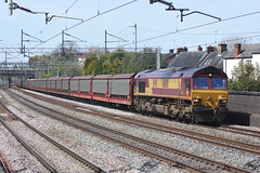 Cartics: Class 66 at Westwood Road (The Railway Journal) Tags: crewe southampton dbs liner daventry pendolino class66 dbc class90 halewood mossend westwoodroad cartics
