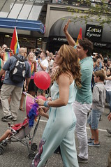 Justin Mania At the Vancouver Pride 2016 (petejam70) Tags: celebration pride vancouvercanada community color justin trudeau family happy urban downtown street