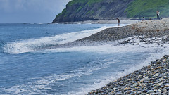 / Qixingtan Beach (Isien Kuo) Tags: taiwan hualien beach sea seascape ocean water wave waves outdoor photography photo exposure beautiful blue ngc nature rock qixingtan chihsingtan s telelens sony ilce6000 ilce 6000 a6000 selp18105g sel18105g 18105mm 105mm apsc moment e emount              tour day daytime green    landscape  pacific