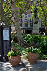 Dante Park (Eddie C3) Tags: newyorkcity upperwestside lincolncenter streetscenes nycparks