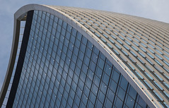 20 Fenchurch Street (Walkie Talkie), London (baldychops) Tags: fenchurch fenchurchstreet 20fenchurchstreet walkietalkie building structure architecture glass windows tall skyscraper high city capital london outdoor sky sunshine bright reflection angles