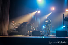 OFG_9430 (Officina FotoGrafica) Tags: teatro nikon live musica pino daniele officina fotografica socrate d610 catellana d700