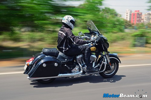 2015-Indian-Chieftain-02