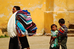 The invisible rope (Barbara Oggero) Tags: street city urban woman children mexico photography child mother streetphotography local indios chiapas childwood vendour
