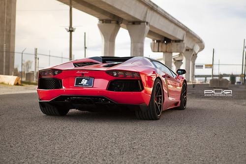 Lamborghini Aventador Roadster на дисках PUR