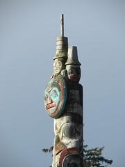 Haida moon (Szymek S.) Tags: canada britishcolumbia totem carving pole totempole northwestcoast haida skidegate haidagwaii haidaheritagecentre ayllnagaay
