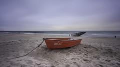 ZID-23 (Benjamin Tau) Tags: blue red storm rot beach strand boot balticsea blau ostsee zingst sturm longtimeexposure buhnen