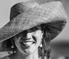 Ana3 (Joaqun M Crespo) Tags: bw byn blancoynegro girl smile hat blackwhite natural retrato sonrisa sombrero naturalidad xpro2 sistemax xf90mm