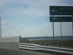 BL-86 East (Idaho St.) at ID-39 (sagebrushgis) Tags: sign idaho intersection americanfalls biggreensign id39 bl86americanfalls