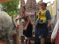 """Cheer Louder, Or Mister Wettums Will Pay a Visit."" (Robb Wilson) Tags: renaissance irwindale renaissancefaire 2016renaissancepleasurefaire washingwellwenches bawdyhumor jokes"