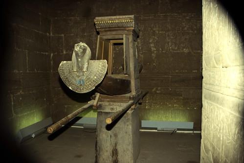 "Ägypten 1999 (116) Im Tempel von Edfu • <a style=""font-size:0.8em;"" href=""http://www.flickr.com/photos/69570948@N04/27723156531/"" target=""_blank"">View on Flickr</a>"