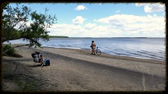 Un Cycliste Tout Nu Sur La Plage. 2016-06-21 12:55.12 (Sandbanks Pro) Tags: gay summer lake holiday canada man male beach nature water naked nude nationalpark sand eau quebec nu sable lac homosexual t paysage plage vacance oka homme gai cycliste touristique nakedman naturiste nudisme nudit parcnationaldoka homosexuel parcnational nudis nudiste lacdesdeuxmontagnes
