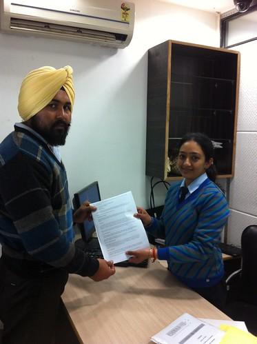 Jagjit Sing Receiving AUS student visa from Counselor