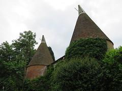 UK - Kent - Near Kemsing - Oast House (JulesFoto) Tags: uk england kent clog centrallondonoutdoorgroup kemsing oasthouse