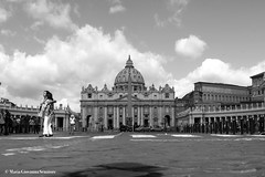 San Pietro, Roma (mariagiovannasenatore) Tags: blackandwhite bw italy pope rome roma blackwhite italia vaticano papa sanpietro bianconero bnw biancoenero piazzasanpietro statovaticano