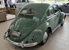 1952 VW Beetle (D70) Tags: canada car vw volkswagen three bc beetle burnaby ago weeks dealership 1952 opened in 162366