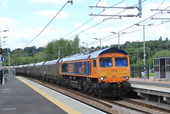 66737 'Lesia' @ Kirkstall Forge (TheRosyMole) Tags: railroad yorkshire leeds railway forge kirkstall lesia 66737 gbfr