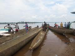 Un viaggio a Bangui (L'altra faccia della politica estera) Tags: ministeroaffariesteri farnesina coopi cooperazioneitalianaallosviluppo fao ubangi ong repubblica centrafricana pescatori sostegno ambasciata pesca