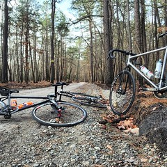 Sunday's dirt church. #weavercycleworks #custombicycles #steelisreal #rideinthepines