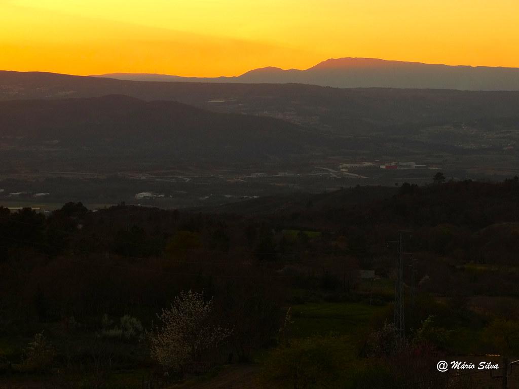 Águas Frias (Chaves) - ... e o sol já se escondeu por trás dos montes ...