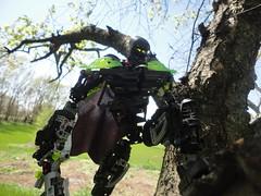 Climbing a tree (Toa Banshee) Tags: toy lego banshee sword swords bionicle poses blades toa