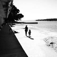 152 (antekatic365) Tags: shadow sea dog walking island coast nikon croatia adriatic hrvatska otok ante rab kvarner katic d3100