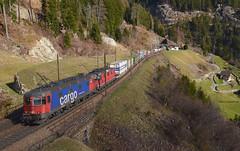 620 069-5 mit Re 4/4 11327 (vsoe) Tags: railroad panorama mountain train schweiz switzerland swiss engine railway sbb berge bahn ch zge gotthard wassen sbbcargo