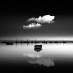 Barca y nube (Mariano Belmar Torrecilla) Tags: bw seascape murcia marmenor sanjavier