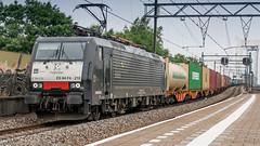 RRF 189-210 passing through Zwijndrecht (Nicky Boogaard Photography) Tags: ns siemens db cargo alstom 189 bombardier roosendaal cartrain class66 1621 g2000 zwijndrecht locon containertrain vossloh es64f4 captrain