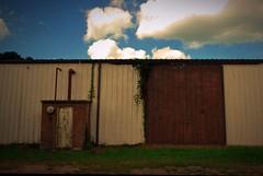 Warehouse buliding, Trenton, Georgia (BDM17) Tags: door ga georgia structure warehouse buliding trenton