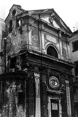 Roma (Kyssos) Tags: street building blakandwhite film monochrome architecture outdoor