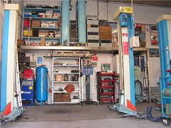 "officina_07 • <a style=""font-size:0.8em;"" href=""http://www.flickr.com/photos/143934115@N07/27413987000/"" target=""_blank"">View on Flickr</a>"