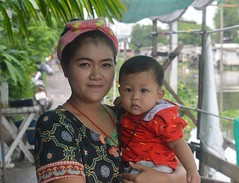 mother and son (the foreign photographer - ) Tags: thailand nikon bangkok mother son lard bang dressed bua colorfully khlong bangkhen d3200 phrao jun182016nikon
