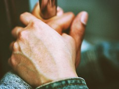 Hands (Jon-F, themachine) Tags: appendages hands japan  nihon nippon   japn  japo xapn asia  asian fareast orient oriental tokyo kanto   her self jonfu 2016 olympus omd em5markii em5ii  mirrorless mirrorlesscamera microfourthirds micro43 m43 mft ft     love    enlight