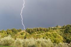 Jour d'orage (Geekamac) Tags: clair orage storm sky ciel lightning canon 6d tamron
