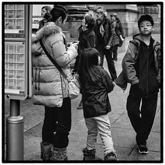 In Brussel (mario vanhee) Tags: bw belgië brussel zw straatfotografie