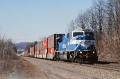 .(SEE & HEAR) CR #4102 eb, Jeannette, PA. 3-10-1996 (jackdk) Tags: railroad train mac railway stack signal cr conrail emd signalbridge stacktrain sd80mac sd80 positionlight emdsd80mac pittsburghmainline emdsd80