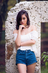 Karina Khay (petersaputra) Tags: pose nikon f14 85mm nikkor ancol karina salah khay ecopark f14d acol