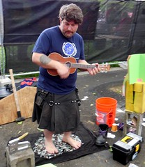 Broken Glass Guy at NW Folklife (jiff89) Tags: seattle music feet glass festival nw ukulele northwest live bare band may saturday 28 folklife 2016